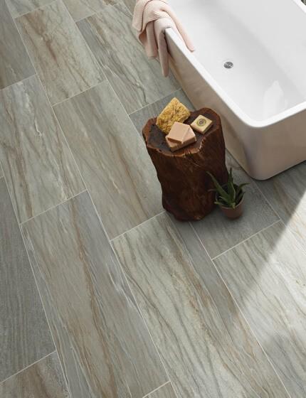 Tile bathroom | Boyer's Floor Covering