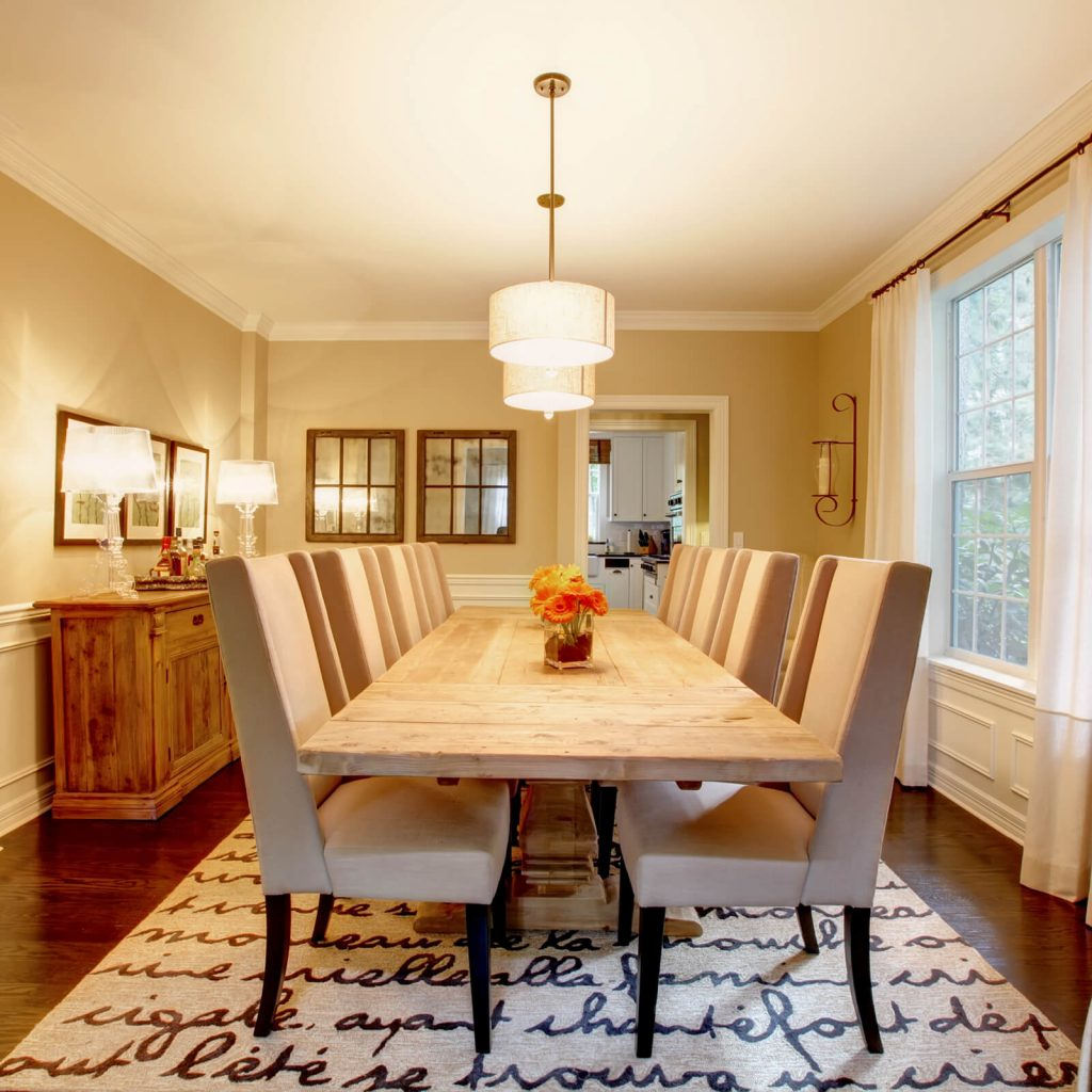 Choosing the Best Rug for Your Dining Room | Boyer's Floor Covering